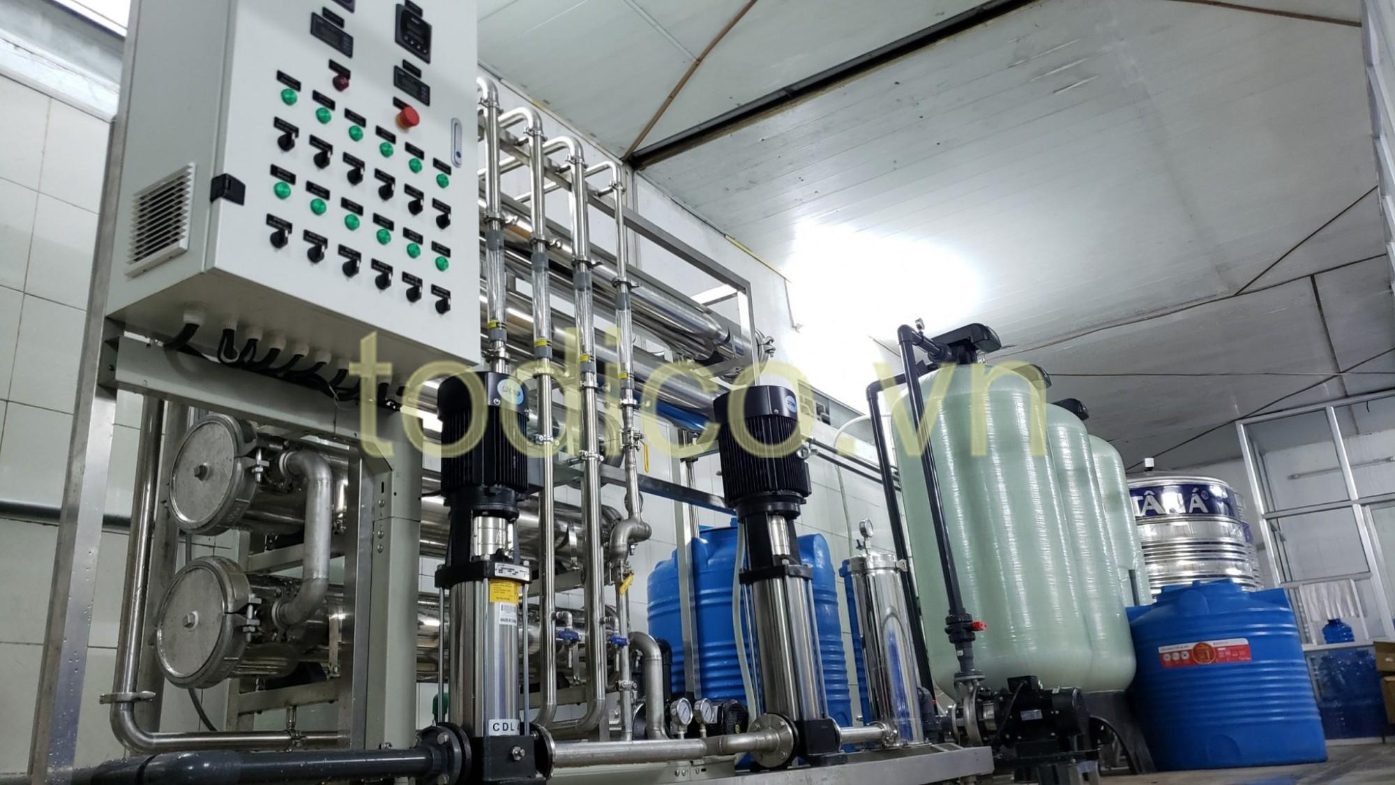 Hệ thống xử lý nước uống tinh khiết đóng bình CS 4 m3/h + xử lý nước làm mát động cơ máy CS 2 m3/h